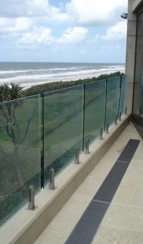 Balcony-Grate-9092014